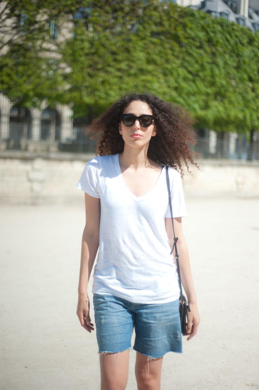 white t shirt_