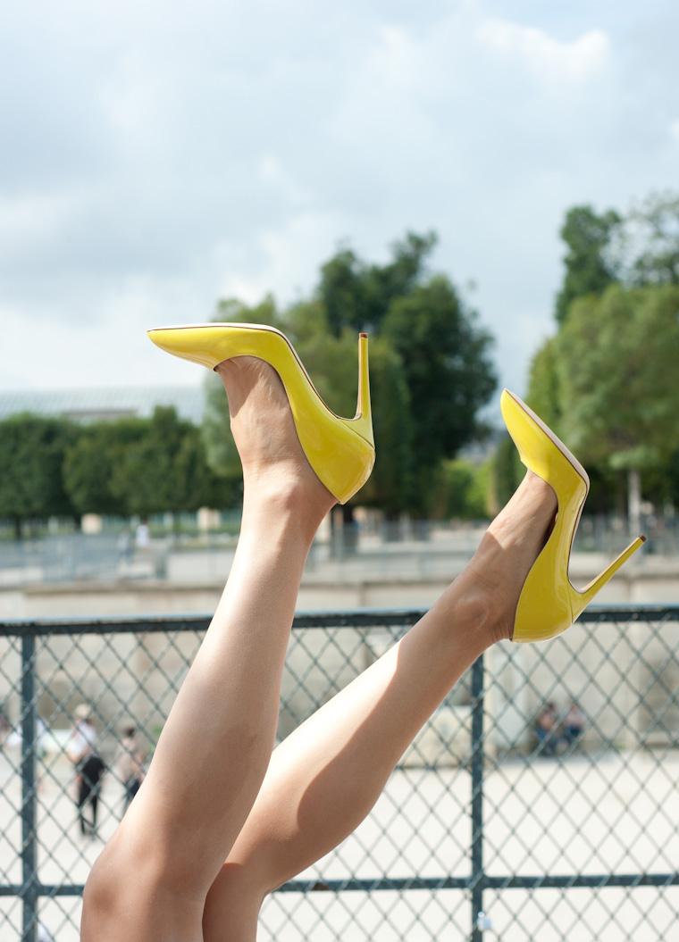 escarpins jaunes-3