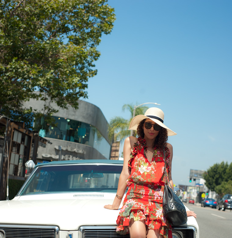 vintage-car-los-angeles-girl