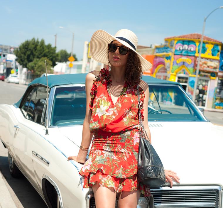 la-girl-vintage-car