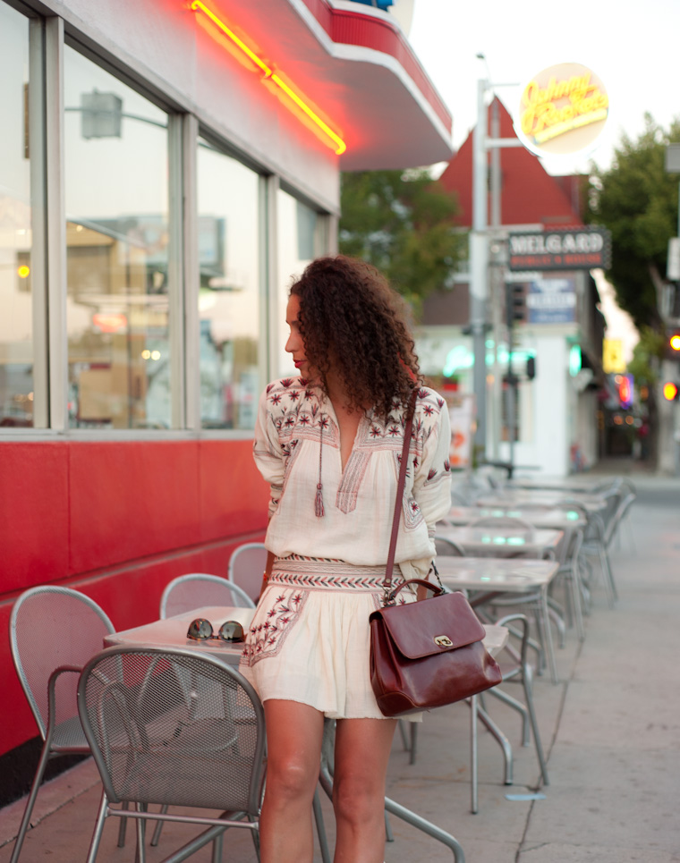 Johnny-Rockets-girl-5