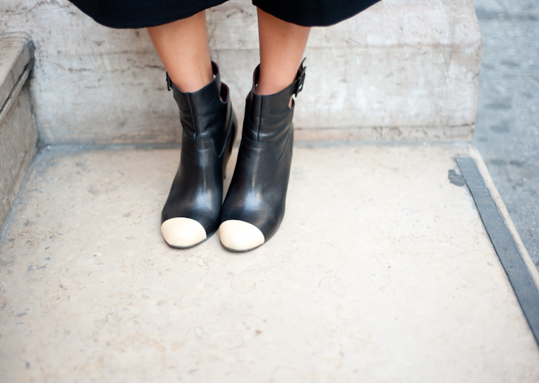 boots-chanel-bicolores