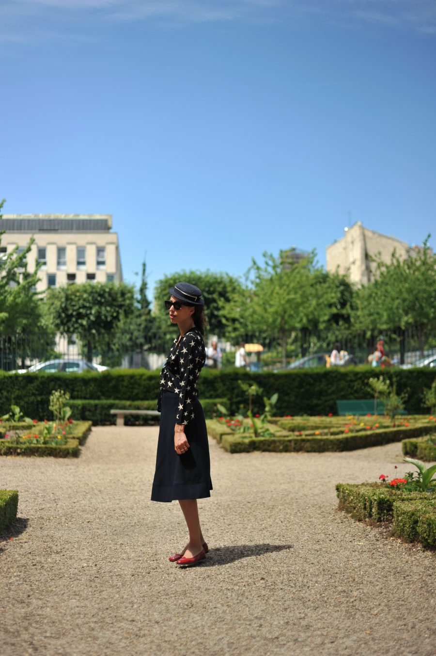 jupe-midi-parisienne-cheminsblancs-13