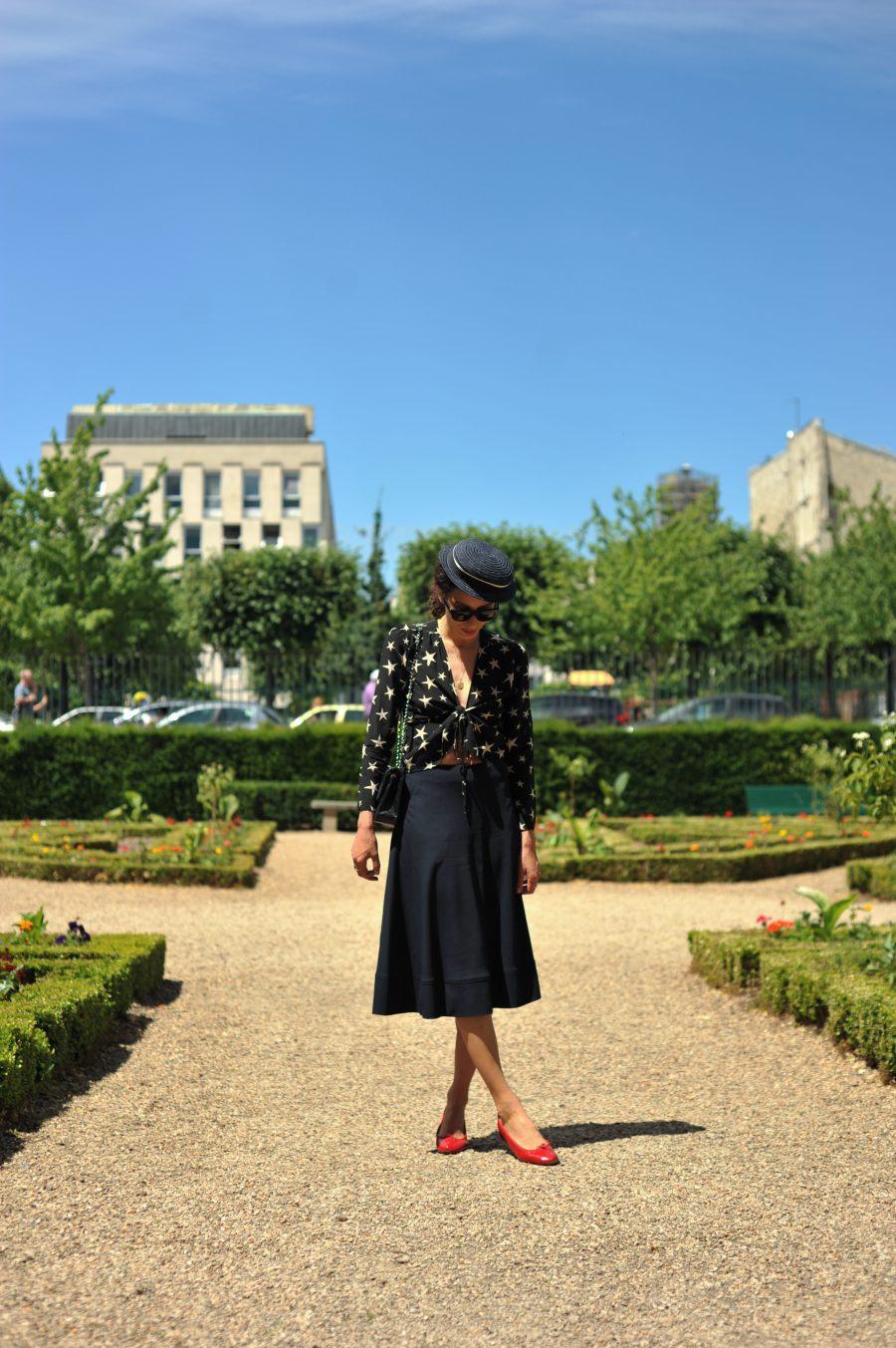 jupe-midi-parisienne-cheminsblancs