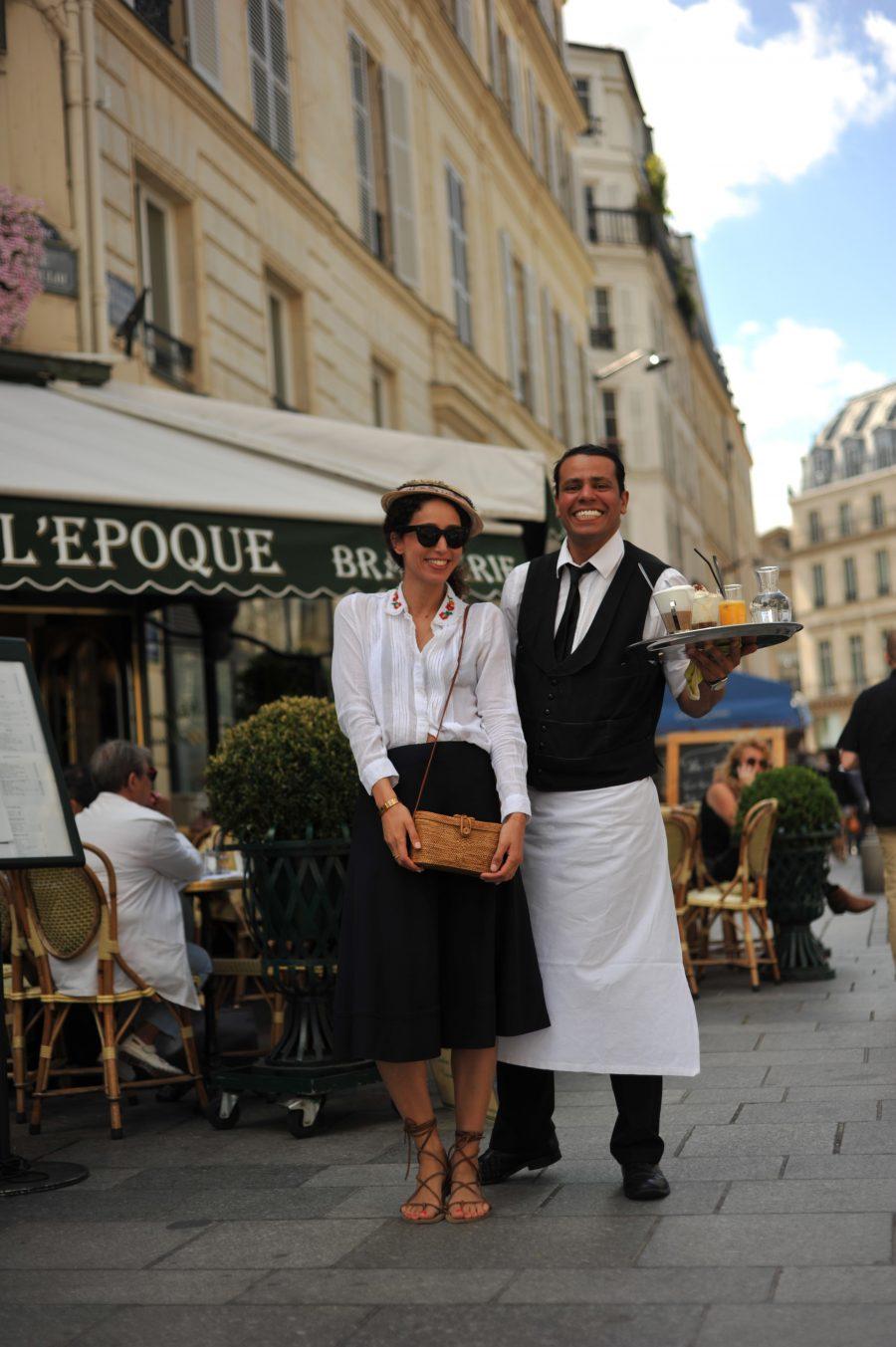 scene-parisienne-cafe-parisiens