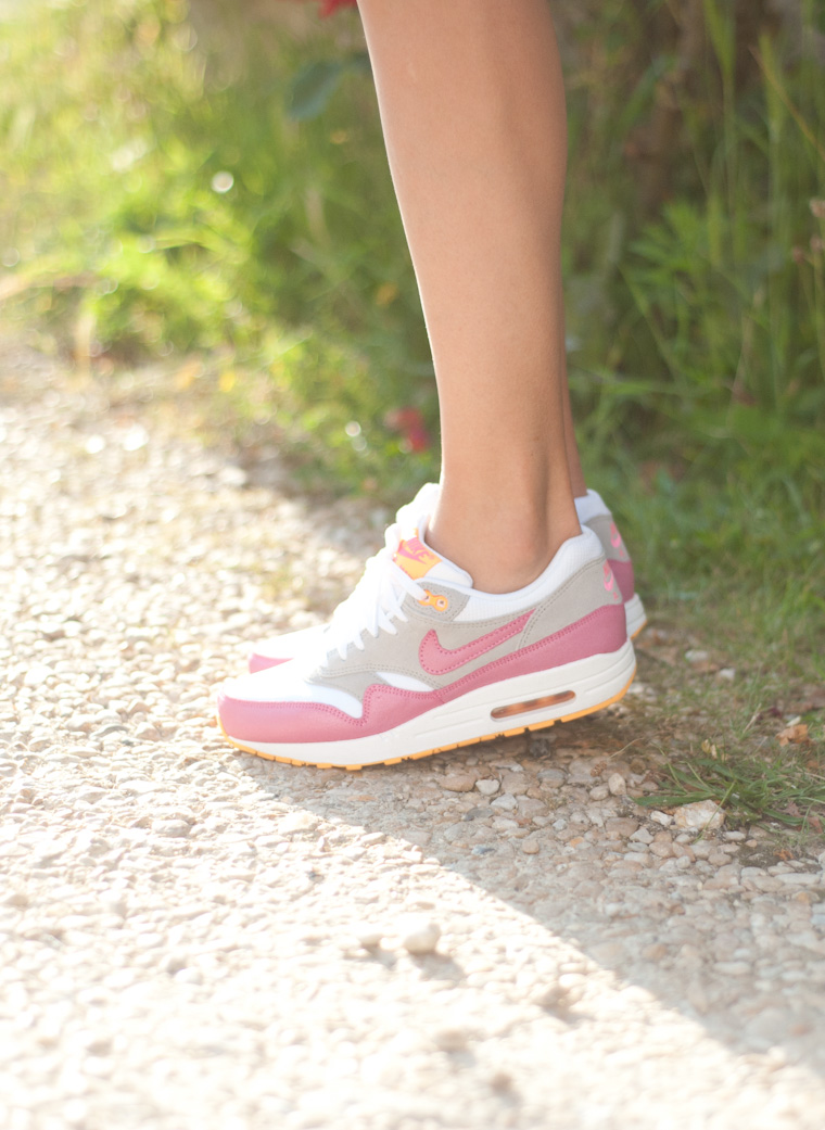 les-sneakers-roses-ithaablog