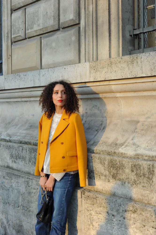 white-blouse-yellow-jacket-30
