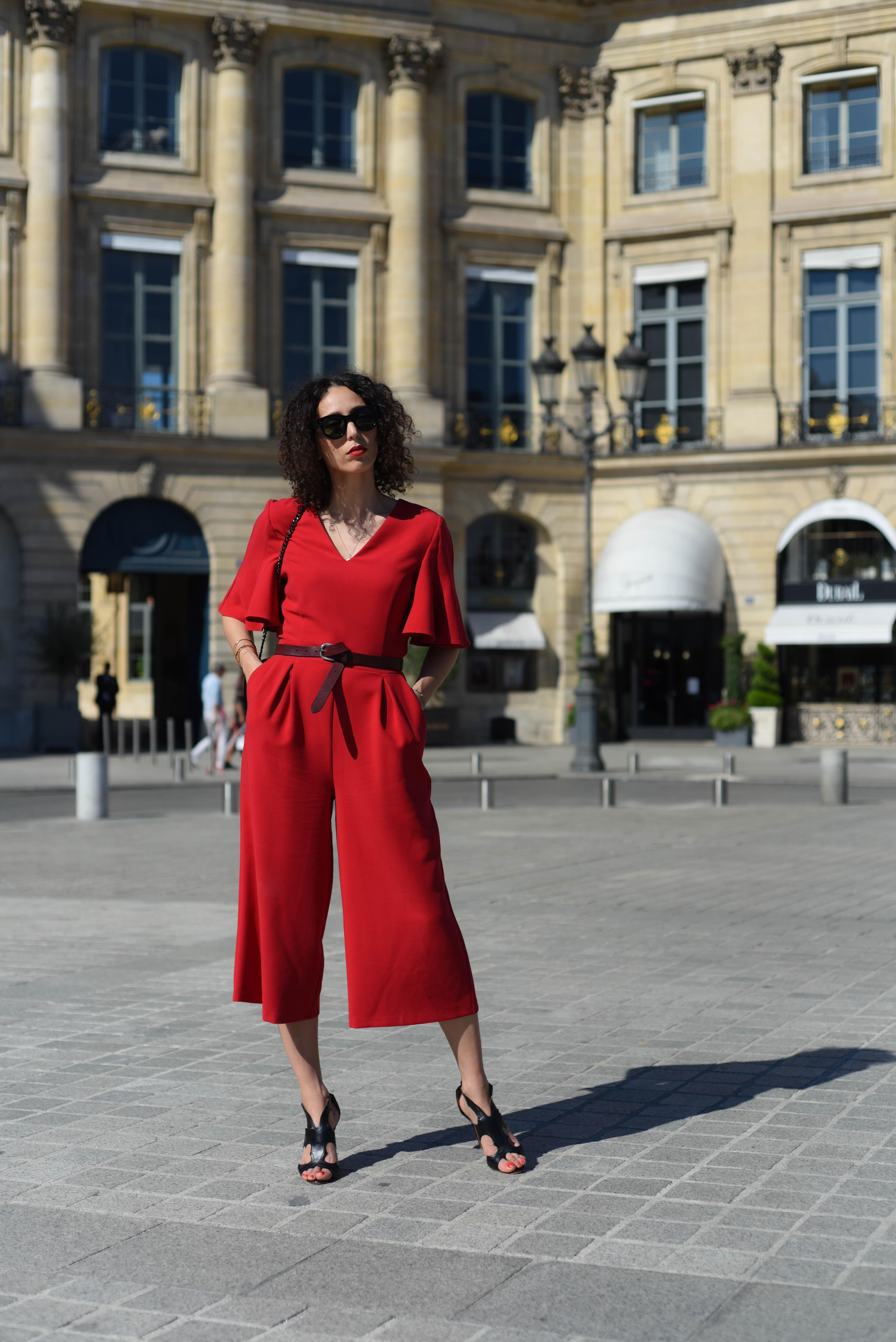 réduction jusqu'à 60% qualité dans quelques jours Trois façon de porter la combinaison rouge Maison 123 ...